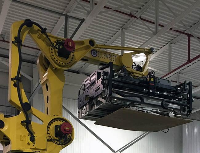 Bluewrist-robotic-depalletizer